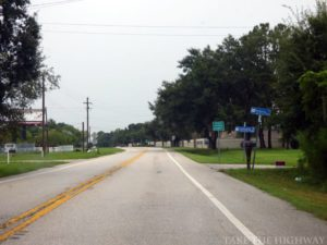 Gunn Highway northbound at Pasco County line