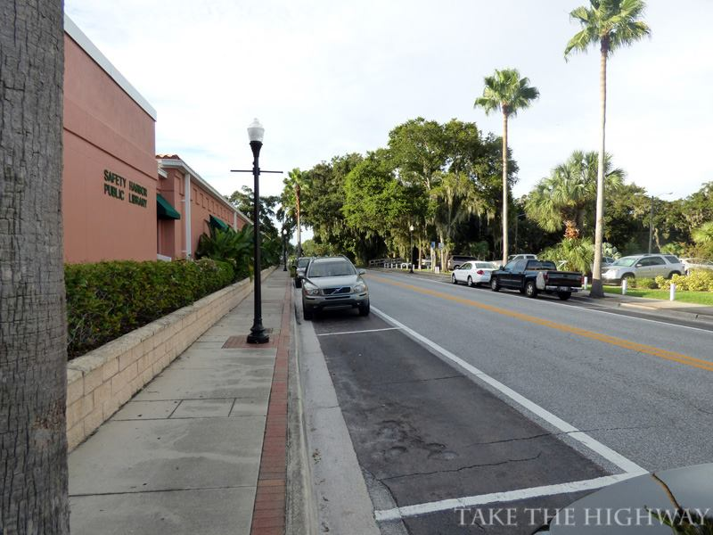 The northern end of Philippe Parkway. At left, the Safety Harbor Library.
